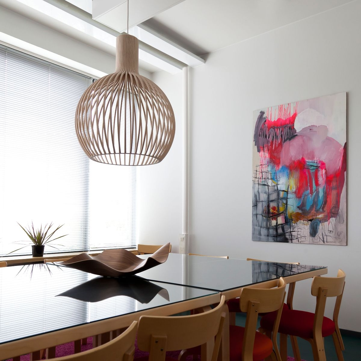 https://www.loft76.nl/public/data/image/reference/secto-design-4240-donors-lounge-meeting-room-63.jpg